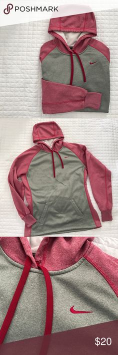 Two Toned Therma-Fit Nike Hoodie Pretty and cozy! Gently used, still in great condition! No stains, holes or rips! All of my items come from a clean, smoke-free home! Check my closet for more items and save when you bundle! Please let me know if you have any questions! Nike Tops Sweatshirts & Hoodies