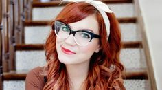 In collaboration with BonLook, those beautiful cateye frames were designed by Skunkboy blogger, Katie Shelton. These fashionable glasses are such a lovely fit that will draw over all of the attention and brighten up your life with its shimmery glitter!