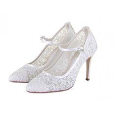 Zapatos de Novia Salón con correa modelo Adora de Rainbow Club ➡️ #LosZapatosdetuBoda #Boda