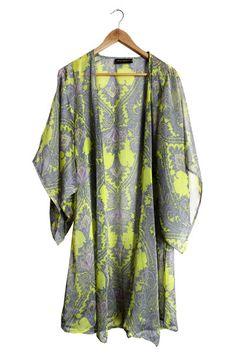 Beach kimono's/robe sheer paisley a very good pick for cover up under the sun.xoxo http://soakswimwear.multiply.com/