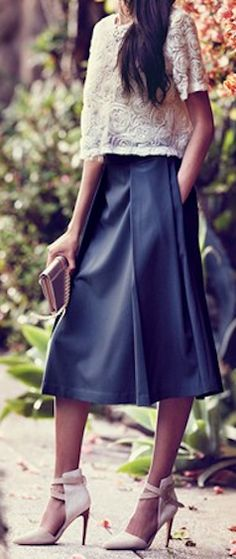 pleated A-line midi skirt http://rstyle.me/n/h9vu5pdpe