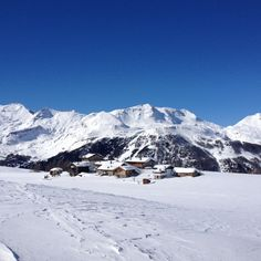 Motta, ski location near Lake Como  blog.zingarate.com/lakeaddicted