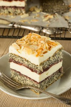 Ciasto makowe z serkiem homogenizownym Pudding, Cakes, Sweet, Recipes, Food, Candy, Puddings, Mudpie, Cake