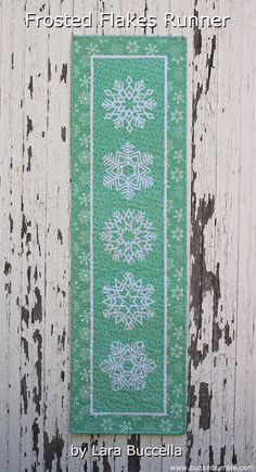 BuzzinBumble: 12 Days of Christmas in July Blog Hop: Free Pattern for Frosted Flakes - quilted snowflakes