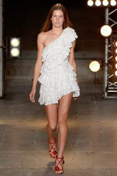 Isabel Marant Spring 2018 Ready-to-Wear  Fashion Show Collection