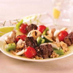 Steak and Vegetable Kabobs Recipe @keyingredient #vegetables #tomatoes