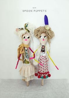 Create fun and zany characters and puppets with a plain wooden spoon and fabric scraps. kid-play-do: Spoon Puppets Fun Crafts For Kids, Projects For Kids, Diy For Kids, Arts And Crafts, Wooden Spoon Crafts, Wooden Spoons, Puppet Crafts, Doll Crafts, Brownie Meeting Ideas