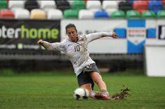 Carli Lloyd Carli Lloyd, Play Soccer, Her World, Under Pressure, Best Player, World Cup, Role Models, I Am Awesome, Football