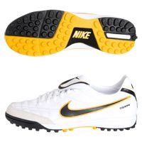 9fa34de4447b 7 Best Nike Astro Turf Soccer Shoes images