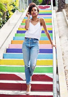 White shirt, blue jean & pink lips : un look estival que l'on adore ! #niwel #niwelbeauties #beauties #beauté #makeup #nude #inspiration Inspiration Niwel