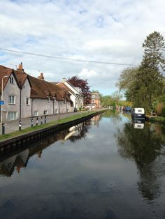 Cottages along the Kennet and Avon canal