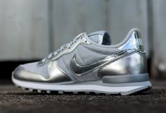 The Subdued Loyal Blue Nike Air Max Thea Premium