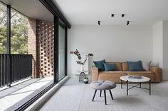 Gallery of Ruffey Lake House / Inbetween Architecture - 1