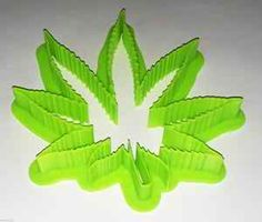 Marijuana Leaf COOKIE CUTTER Weed Pot Medical Mary Jane Smoke 420 Herb Green