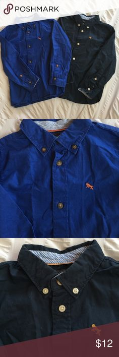 (2) H&M Boys Button Up Shirts - Navy & Blue - 3-4y Lot of two (2) H&M Boys Button Up Shirts - dark Navy & royal Blue - size 3-4y - in great condition H&M Shirts & Tops Button Down Shirts