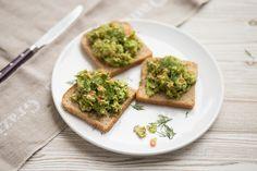 Tatar aus rohen Spargeln und Lachs / Tatar of raw asparagus and salmon