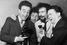 I Goons: Peter Sellers, Spike Milligan, Michael Bentine e Harry Secombe (Chris Ware/Getty Images) British Humor, British Comedy, Crazy People, Funny People, Vic Reeves, Single Jokes, Spike Milligan, Comedy Duos, Comedy Actors