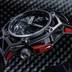 Este é para quem é fã da Ferrari, olhem que lindo este relógio. @poder_do_dinheiro - by @hublot #milionarios #motivacional #relogios #hublot #ferrari #moda #estilo #modamasculina #roupasmasculina #estilomasculino