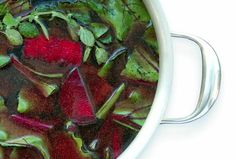 Cleansing Beet Soup *Fresh beets with beet greens *Celery *Cilantro *Coconut oil *Lime juice *Apple cider vinegar *Garlic cloves *Cayenne pepper (optional) Healthy Soup Recipes, Cooking Recipes, Eat Healthy, Vegan Recipes, Fresh Beets, Beet Soup, Cancer Fighting Foods, Detox Soup, Vegan Soups
