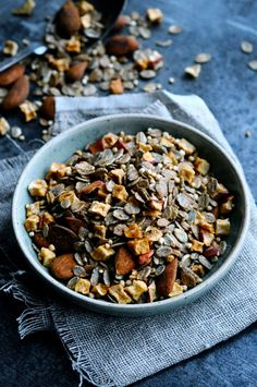 An easy and healthy muesli with rye flakes, dried apple, puffed quinoa and almonds. Add some spices like cinnamon, cloves and ginger and it's the best!