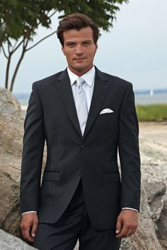 Charcoal Windsor Scale: 8. Dark Suit, light shirt/tie with hint of blue