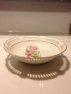 Vintage Reticulated Edge Trinket Candy Dish by VisualaromasVintage