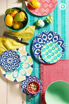 effortless outdoor entertaining on a budget  #summer #decorating #entertaining