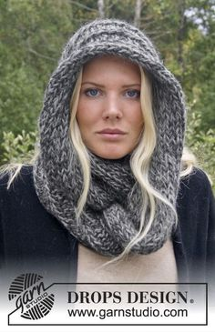 """Knitted DROPS neck warmer in """"DROPS ♥ YOU #4"""" or """"Nepal"""". ~ DROPS Design"""
