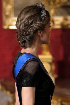 Celebrity Gossip, Entertainment News & Celebrity News | Queen Letizia Breaks Out Her Tiara For a Very Regal Dinner | POPSUGAR Celebrity