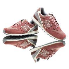 New Balance WL696 Winter Seaside #sneakers #sneakernews #StreetStyle #Kicks #adidas #nike #vans #newbalance #puma #ADIDAS #ASICS #CONVERSE #DIADORA #REEBOK #SAUCONY
