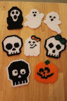 Halloween Magnets - http://www.creactivites.com/229-perles-a-repasser
