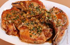 PORK CHOPS WITH DIJON HERB SAUCE | SKINNYTASTE 4POINTS EACH
