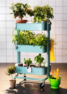 City gardens: Best gardening products for small spaces - CurbedYou can find Urban gardening and more on our website.City gardens: Best gardening products for small spaces - C. Ikea Utility Cart, Pot Jardin, Small Space Gardening, Small Balcony Garden, Balcony Gardening, Small Gardens, Garden Ideas For Small Spaces, Balcony Herb Gardens, Porch Garden