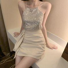 Modesty Fashion, Kpop Fashion Outfits, Edgy Outfits, Korean Outfits, Cute Casual Outfits, Fashion Dresses, Korean Fashion Dress, Ulzzang Fashion, Simple Dresses