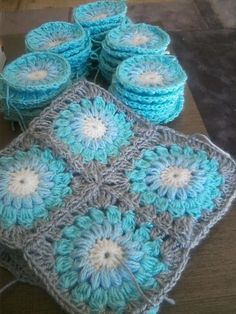 Ravelry: Project Gallery for Sunburst Granny Squares pattern by Priscilla Hewitt