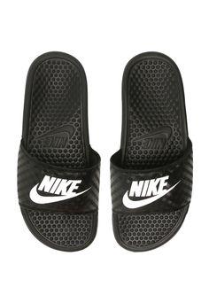 a6bcd74fdf Chinelo Nike Sportswear Benassi Just Do It Preto