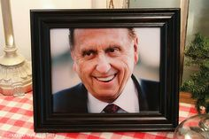 Free Download of this pic of President Monson... :)