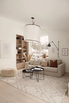 The bamboo pendant lamp with cotton cover by Ay Illuminate is perfect to decorate large living spaces, restaurants or bars. Beige Living Rooms, My Living Room, Living Room Interior, Home And Living, Living Room Decor, Living Spaces, Beige And White Living Room, Living Room Inspiration, Interior Design Inspiration