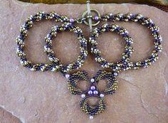 Kaleidoscope Necklace By: Linda Yoder Date - Monday, July 8, 2013 - 6:30 PM