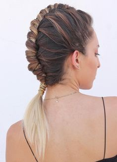 Find The Best Pipe Braids Ideas For This Year 2019 Casual Hairstyles, Hairstyles 2018, Messy Hairstyles, Amazing Hairstyles, Pretty Hairstyles, Beauty Tips, Beauty Hacks, Hair Beauty, Braids Ideas
