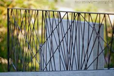 The Black House - Amalia Siciliani Outdoor Handrail, Modern Stair Railing, Balcony Railing Design, Modern Stairs, Deck Railings, Railing Ideas, Metal Gates, Metal Fence, Iron Gates