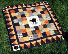Quilt Inspiration: Free Pattern Day: Halloween Halloween Quilt Patterns, Halloween Fabric, Halloween Quilts, Halloween Sewing Projects, Halloween Table, Halloween Runner, Halloween Crafts, Halloween Pillows, Fall Crafts