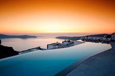 Piscinas con vistas... Oh yes.  Hotel Grace (Santorini)