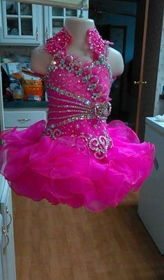 Omg. I would love this dress in light pink and white.