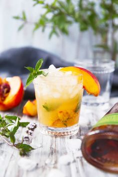 From mojitos to mint juleps, these mint cocktails so good they'll transport you to a white sand beach.