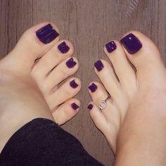 21 ideas for pedicure toes shoes Purple Pedicure, Purple Toe Nails, Purple Toes, Pretty Toe Nails, Toe Nail Color, Cute Toe Nails, Pedicure Colors, Sexy Nails, Pedicure Nails