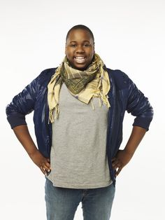 Alex Newell, runner up on The Glee Project Season 1    (http://cdn.blogs.sheknows.com/realitytvmagazine.sheknows.com/2011/08/the-glee-project-contestant-alex.jpg)