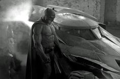 Ben Afflecks Batman vs. Superman Costume and Batmobile Revealed. Looks AWESOME! Almost the same material as Henry's suit and definitely takes after Frank Miller's interpretation. Ben Affleck looks super beefed up. Only thing is I wish the ears had been just a bit longer and imposing like the ones from Arkham, and I want to see if the eyes are all white! Please be white