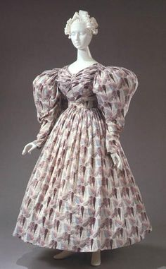 1830 dress | 1830's daytime dress
