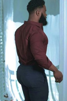 Hot Men, Sexy Men, Hot Guys, Headless Man, Sagging Pants, Black Men Beards, Big Butts, Butt Workout, Muscle Men